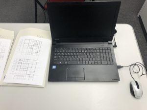 おひとり1台ずつパソコンをご用意しています!